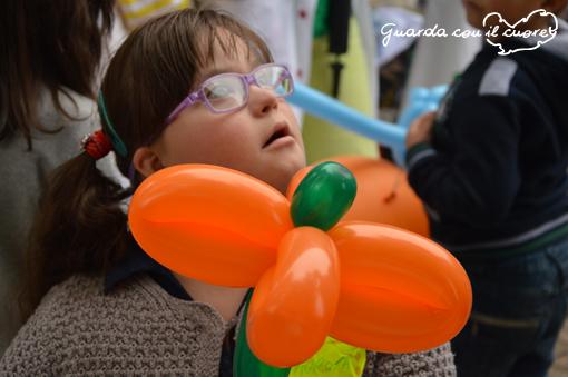 occhi trasparenti dei bambini con sindrome di down